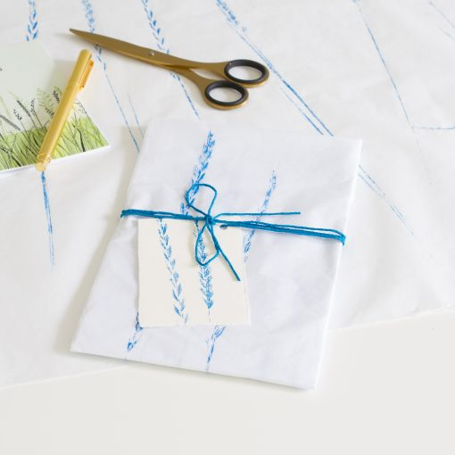 Tissue paper gift wrap - Blue
